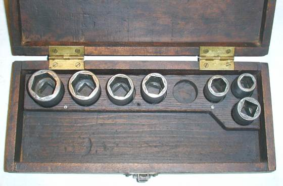 [Early Blackhawk 1/2-Drive No. 4 Socket Set]