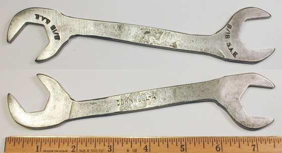 [Cornwell A Early 7/8x7/8 Angle-Head Wrench]