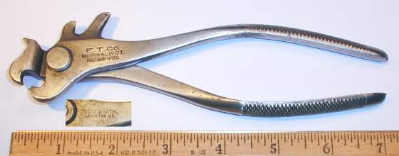 [E.T. Company Woodworth Patent Chain Repair Pliers]