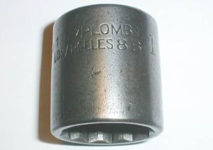 [Early Plomb DD16 1 Inch Socket]