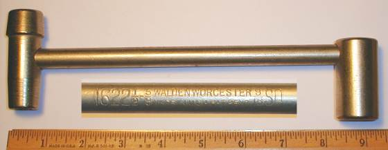 [Walden 1622 (1/2x5/8)x9/16SQ Socket Wrench]